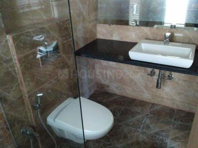 Gallery Cover Image of 400 Sq.ft 1 BHK Apartment for rent in Kandivali East for 18000