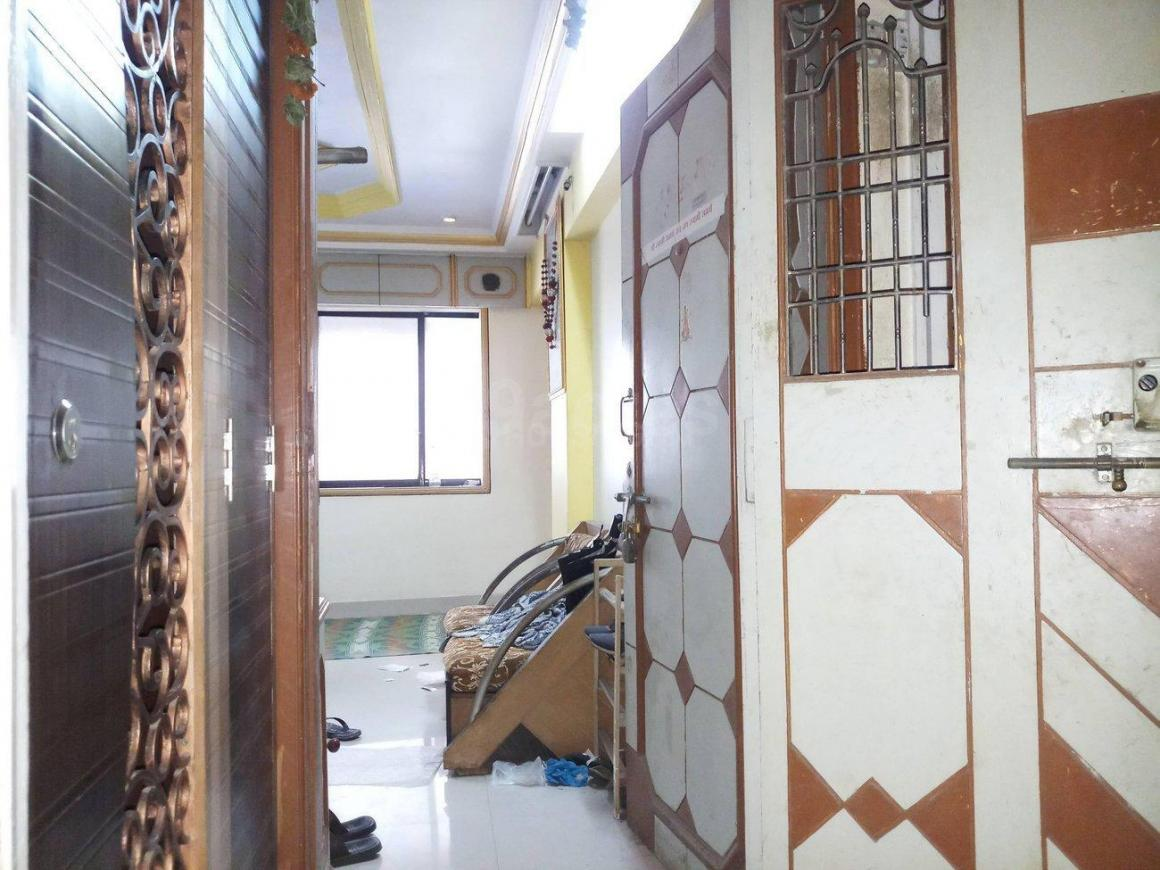 Main Entrance Image of 600 Sq.ft 1 BHK Apartment for rent in Kalyan West for 10000