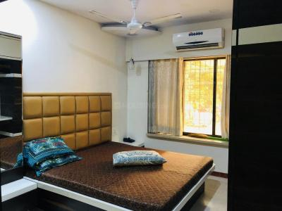 Gallery Cover Image of 680 Sq.ft 2 BHK Apartment for rent in Andheri West for 42000
