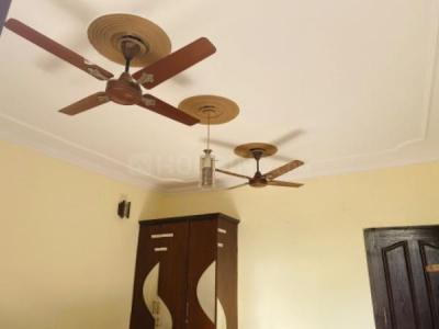 Gallery Cover Image of 750 Sq.ft 1 BHK Independent Floor for rent in Sector 7 Rohini for 15000