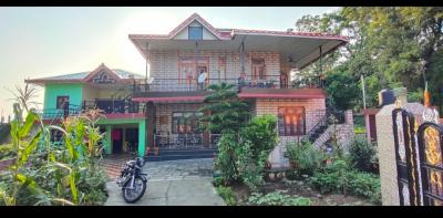 Gallery Cover Image of 5500 Sq.ft 10 BHK Independent House for buy in Loharkadi Upper Sudher for 13000000