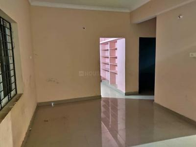 Gallery Cover Image of 1500 Sq.ft 3 BHK Apartment for rent in Bolarum for 11000