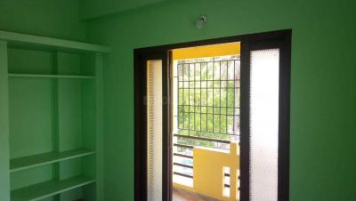Gallery Cover Image of 870 Sq.ft 2 BHK Apartment for rent in Ramapuram for 18000