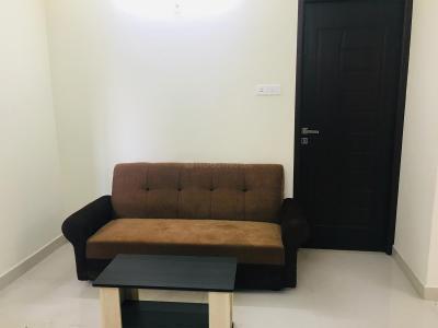 शोलिंगनल्लूर में ज़ोलो लैंडचेस्टर के लिविंग रूम की तस्वीर