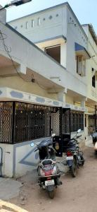 Gallery Cover Image of 810 Sq.ft 3 BHK Independent House for buy in Satyam Nagar for 2700000