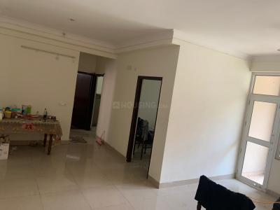Living Room Image of Friends in Noida Extension