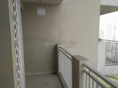 Gallery Cover Image of 965 Sq.ft 2 BHK Apartment for rent in Sethi Max Royal, Sector 76 for 14500