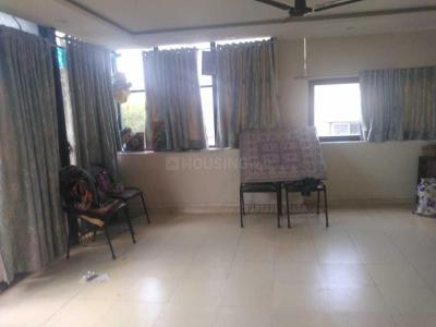 Gallery Cover Image of 2250 Sq.ft 4 BHK Apartment for rent in Paschim Vihar for 50000