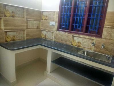 Gallery Cover Image of 673 Sq.ft 2 BHK Apartment for rent in Iyyappanthangal for 10000