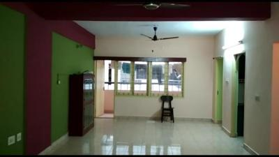 Gallery Cover Image of 1200 Sq.ft 2 BHK Apartment for rent in Velachery for 25000