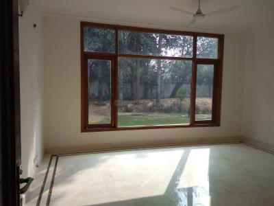 Gallery Cover Image of 9000 Sq.ft 5 RK Independent House for buy in DLF Farms for 450000000