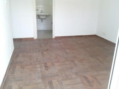 Gallery Cover Image of 1005 Sq.ft 2 BHK Apartment for buy in KLJ Platinum Heights, Sector 77 for 3200000