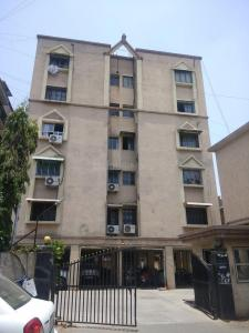 Gallery Cover Image of 1080 Sq.ft 2 BHK Apartment for rent in Jivrajpark for 16000