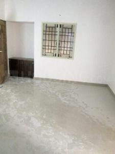 Gallery Cover Image of 920 Sq.ft 2 BHK Apartment for rent in Pallikaranai for 13000