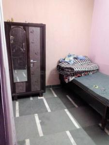 Bedroom Image of Sr PG in Haiderpur