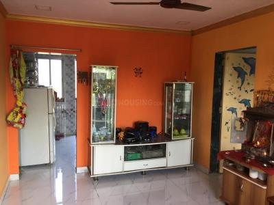 Gallery Cover Image of 400 Sq.ft 1 BHK Independent Floor for buy in Malad West for 2750000