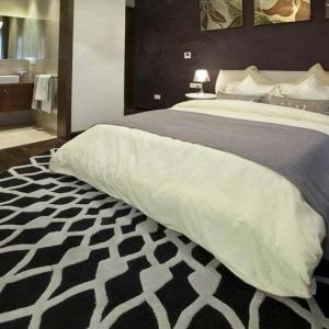 Gallery Cover Image of 1795 Sq.ft 3 BHK Apartment for buy in Ajnara Ambrosia, Sector 118 for 8200000