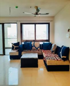 Gallery Cover Image of 1600 Sq.ft 3 BHK Apartment for rent in Runal Gateway Phase 1, Ravet for 25000