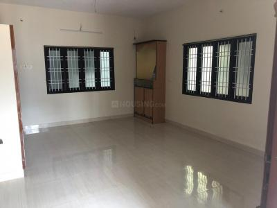 Gallery Cover Image of 1000 Sq.ft 2 BHK Independent House for rent in Chromepet for 11500
