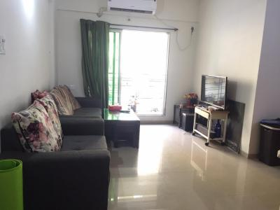 Gallery Cover Image of 1100 Sq.ft 2 BHK Apartment for rent in Kharadi for 24000