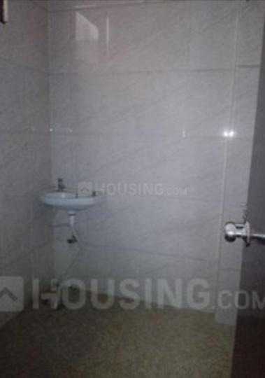 Common Bathroom Image of 800 Sq.ft 2 BHK Independent Floor for rent in Palam Vihar Extension for 10000