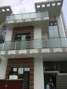 Gallery Cover Image of 1800 Sq.ft 3 BHK Independent House for buy in Govind Vihar for 6500000