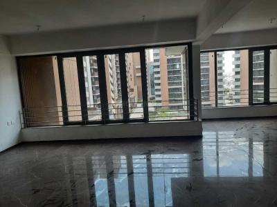 Gallery Cover Image of 2400 Sq.ft 3 BHK Apartment for buy in Maple Tree, Memnagar for 15500000