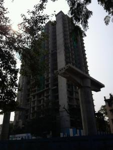Gallery Cover Image of 800 Sq.ft 2 BHK Apartment for buy in Borivali West for 19500000