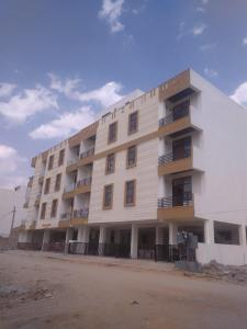 Gallery Cover Image of 1400 Sq.ft 3 BHK Apartment for buy in Maniyawas for 3800000