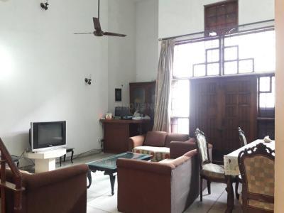Living Room Image of Kumar PG in Najafgarh Road Industrial Area