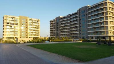 Gallery Cover Image of 4200 Sq.ft 4 BHK Apartment for buy in Phoenix City The Crest, Velachery for 70000000