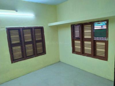 Gallery Cover Image of 550 Sq.ft 2 BHK Independent House for rent in Ambattur for 7000