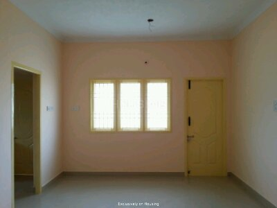 Gallery Cover Image of 930 Sq.ft 2 BHK Apartment for buy in Guduvancheri for 4150000