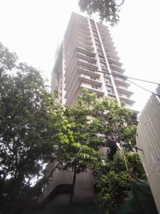 Gallery Cover Image of 1900 Sq.ft 3 BHK Apartment for buy in Dadar East for 60480000