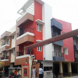 Gallery Cover Image of 1000 Sq.ft 2 BHK Apartment for rent in Selaiyur for 10000