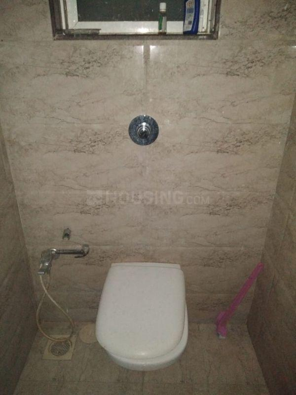 Bathroom Image of 856 Sq.ft 1 BHK Apartment for rent in Andheri East for 32000