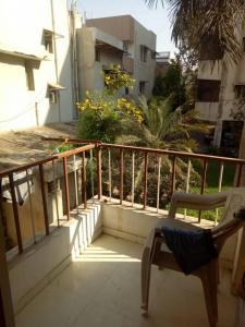Gallery Cover Image of 1350 Sq.ft 2 BHK Apartment for rent in Naranpura for 25000