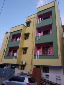 Gallery Cover Image of 850 Sq.ft 2 BHK Apartment for rent in Sai Apartments, Singaperumal Koil for 9500
