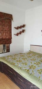 Gallery Cover Image of 1400 Sq.ft 2 BHK Apartment for rent in Sarthak BRG Shangri La, Arandia for 12000