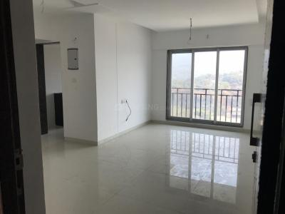 Gallery Cover Image of 1071 Sq.ft 2 BHK Apartment for buy in Malad East for 13000000