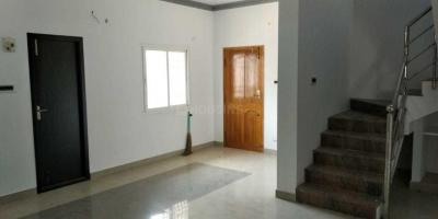 Gallery Cover Image of 750 Sq.ft 2 BHK Independent House for rent in Kolathur for 15000