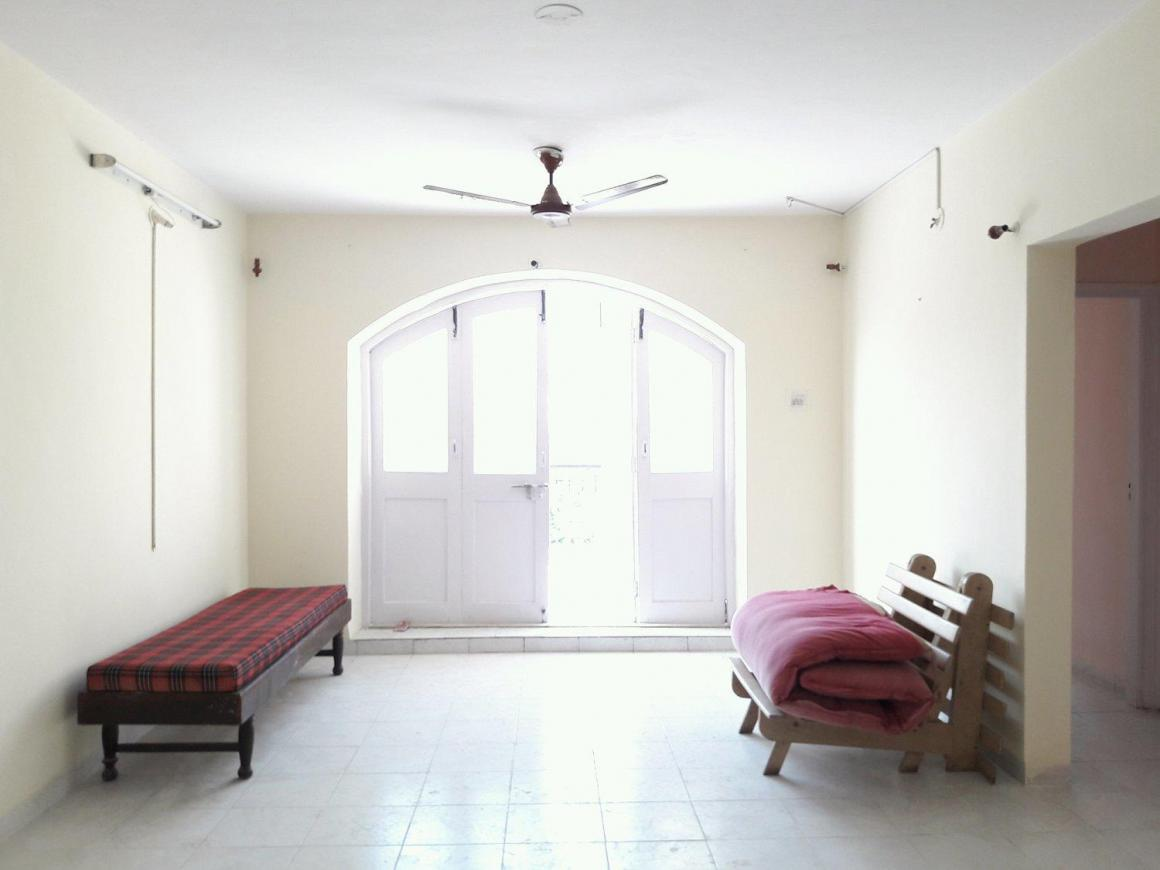 Living Room Image of 1100 Sq.ft 2 BHK Apartment for rent in Kondhwa for 18000