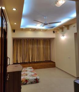 Gallery Cover Image of 610 Sq.ft 1 BHK Apartment for rent in Bhoomi Gokul, Goregaon East for 30000
