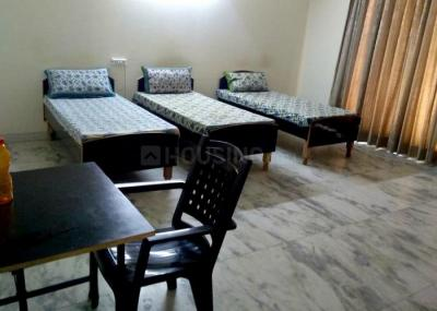 Gallery Cover Image of 1200 Sq.ft 1 RK Independent Floor for rent in Sector 44 for 6500