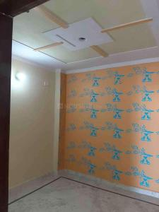 Gallery Cover Image of 300 Sq.ft Studio Apartment for rent in Dwarka Mor for 6500