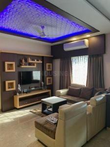 Gallery Cover Image of 1200 Sq.ft 2 BHK Apartment for rent in City High, Tollygunge for 32000