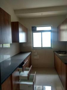 Gallery Cover Image of 1050 Sq.ft 3 BHK Apartment for rent in Thane West for 25000