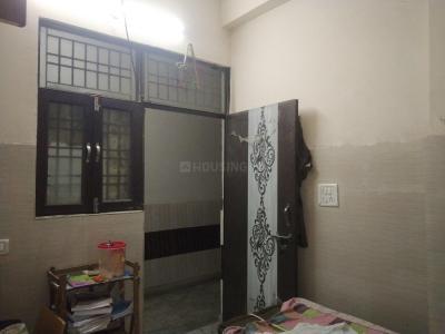 Bedroom Image of Agarwal PG in Shakarpur Khas