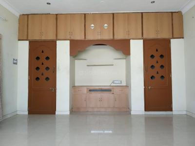Gallery Cover Image of 1700 Sq.ft 2 BHK Independent Floor for rent in Erode Fort for 13000