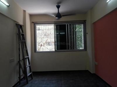Gallery Cover Image of 750 Sq.ft 2 BHK Apartment for rent in Shivaji Nagar for 33000